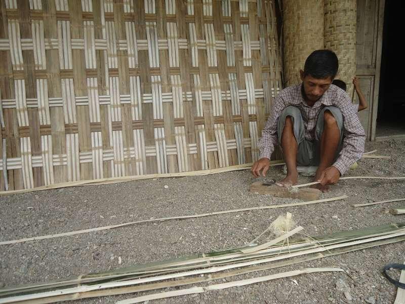 62+ Gambar Rumah Gedek Bambu Terbaru - Gambar rumah