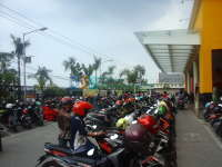 Libur Panjang, Pusat Perbelanjaan Menjadi Tempat Alternatif Berwisata