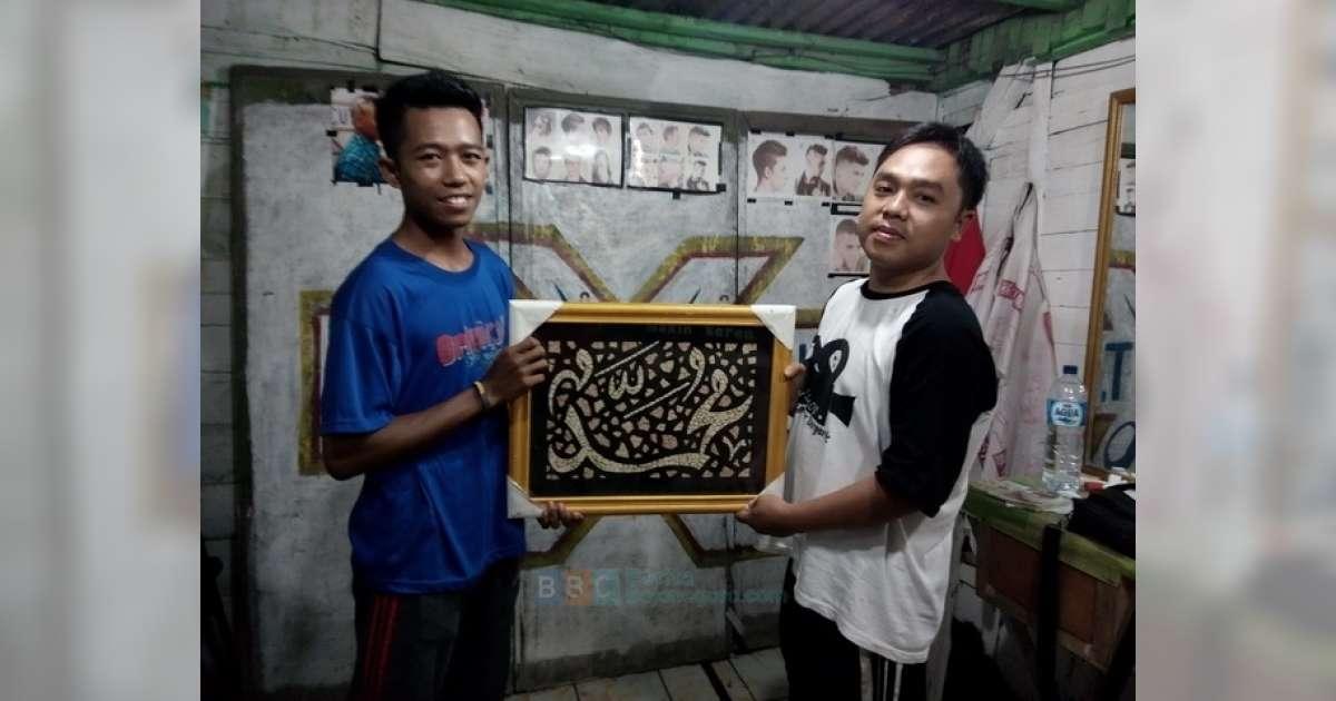 Jelang Ramadan Kaligrafi Dari Cangkang Telur Makin Diminati
