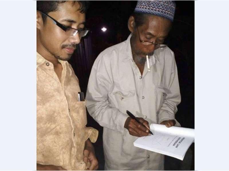Nardi, Pemulung yang Menulis Buku Sastra Jawa