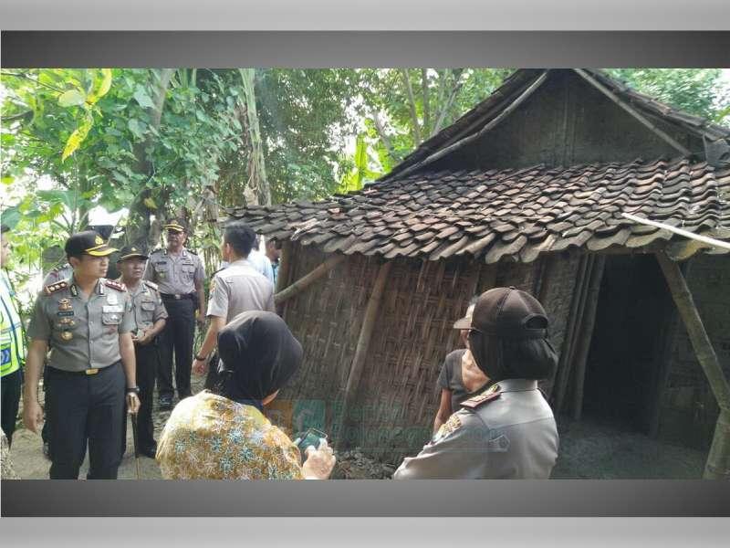 Kapolres Kunjungi Kediaman Warinem, Nenek Pencari Rombeng
