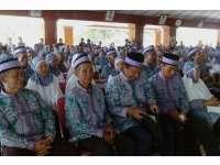 664 CJH Bojonegoro Ikuti Upacara Pelepasan di Pendapa Pemkab