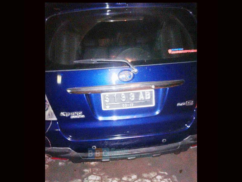 Mobil Anggota DPRD Bojonegoro Terlibat Tabrakan di Balen