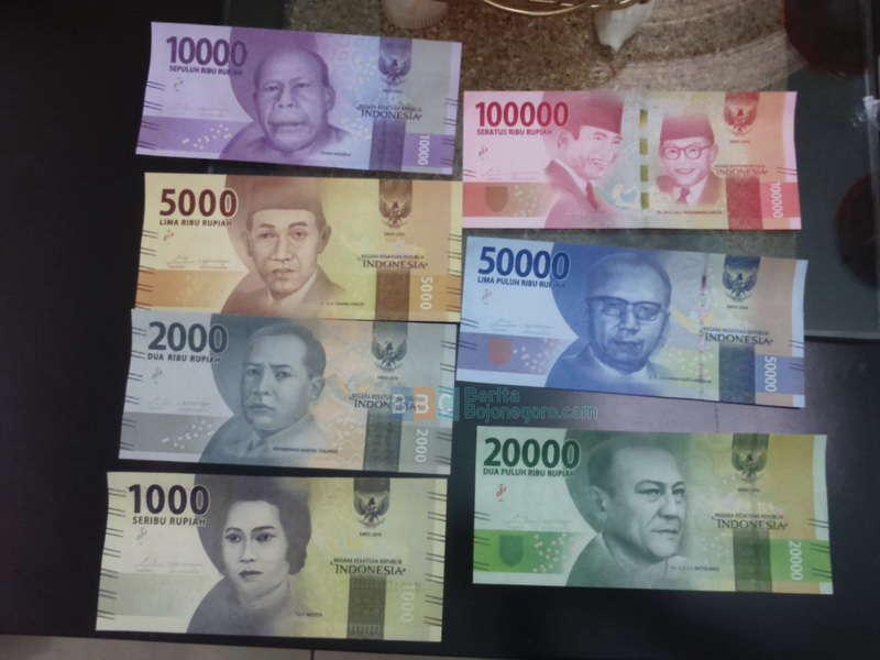 Uang Baru Emisi 2016 Belum Beredar di Bank-Bank Bojonegoro