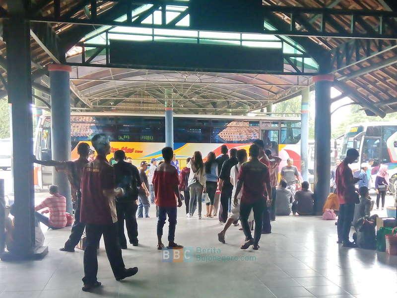 Gaji Bulan Januari Pegawai Terminal Rajekwesi Masih Ditanggung Pemkab