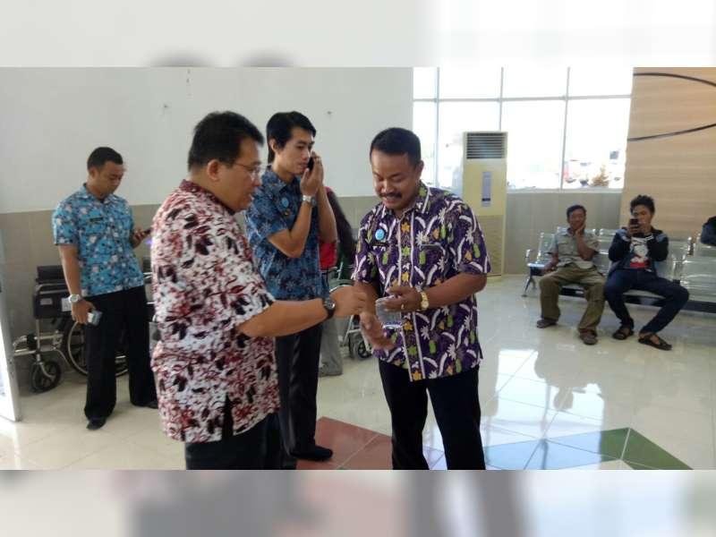 Pantau Pelayanan, Hari Ini Bupati Suyoto Berkantor di RSUD Jalan Vetaran