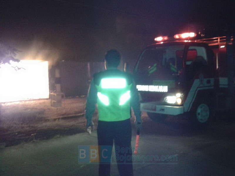 Sukirno: Api Kecil Itu Sahabat, Api Besar Itu Bencana