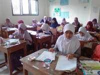Kenalkan Sekolah, SMP Al-Fatimah Bojonegoro  Gelar Try Out Akbar