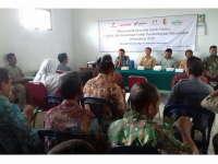 EMCL Serahkan Bantuan Pembangunan Infrastruktur di Kecamatan Ngasem