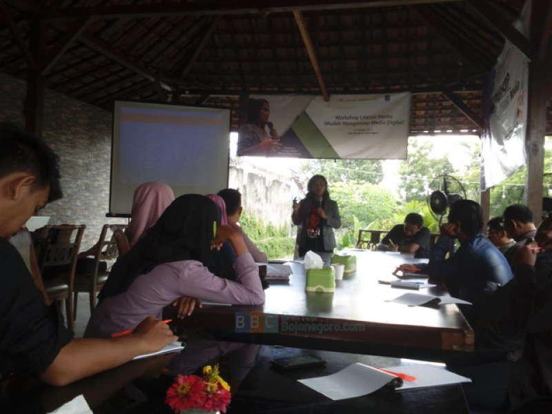 Media-Media di Indonesia Dikuasai 13 Perusahaan Konglomerasi