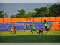 Persebaya Bantai Persibo 3 Gol Tanpa Balas