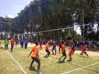 Tim Voli Putri SMA Negeri 2 Bojonegoro Raih Juara Satu POR Pelajar 2017