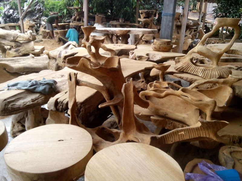 Kursi Kayu Bekas Jogja  kerajinan bonggol kayu jati margomulyo dikenal unggul