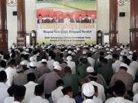 Forpimda Bersama Masyarakat Gelar Istighosah di Masjid Darussalam