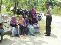 Operasi Bina Kusuma, Sat Binmas Lakukan Binluh Kepada Masyarakat Desa Ngampe