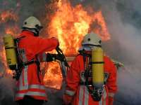 40 Petugas Damkar Ikuti Pelatihan Evakuasi Korban di Gedung Bertingkat