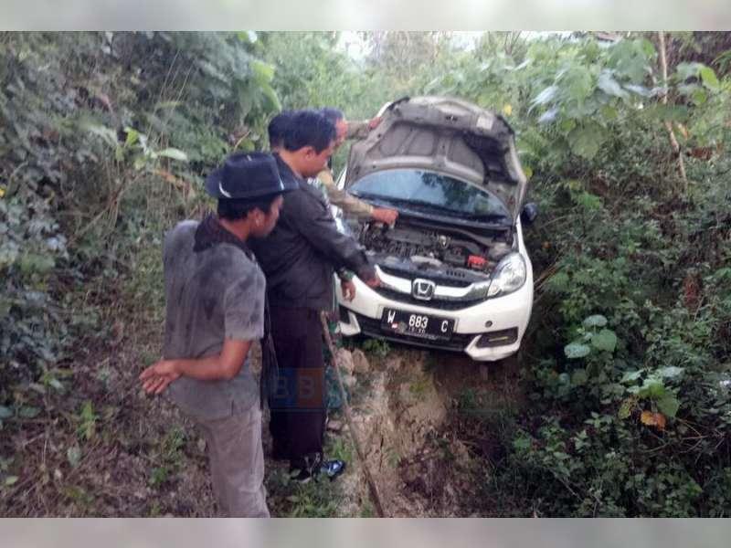 Mobil Yang Ditemukan Terparkir di Tengah Hutan, Diketahui Milik Warga Gresik