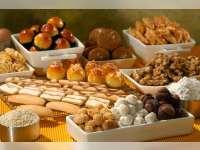 Jelang Lebaran, Penjualan Kue Kering Paling Laris