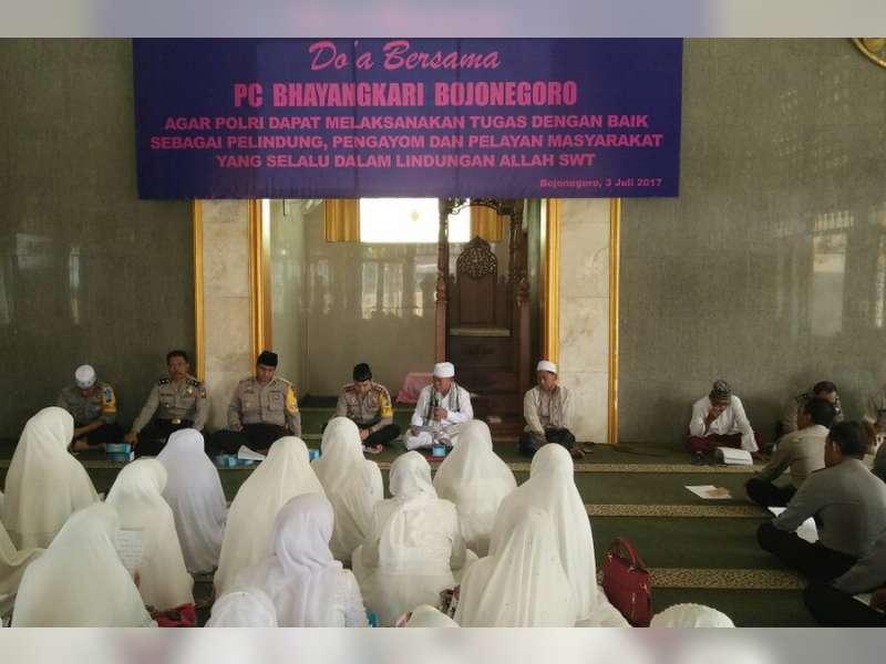 Bhayangkari Cabang Bojonegoro Gelar Halal Bihalal dan Doa Bersama