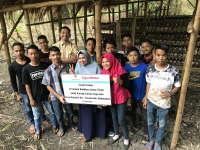 EMCL Beri Bantuan Alat Pengolah Jamur Tiram Pada Karang Taruna di Gayam