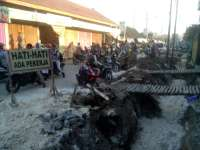 Saluran Air Depan Pasar Tobo Dibangun, Jalan Sering Macet