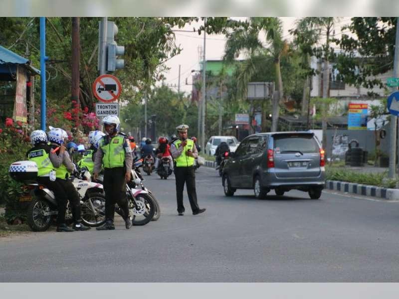 Razia Kendaraan di 2 Tempat, Satlantas Polres Bojonegoro Tindak 42 Pelanggar