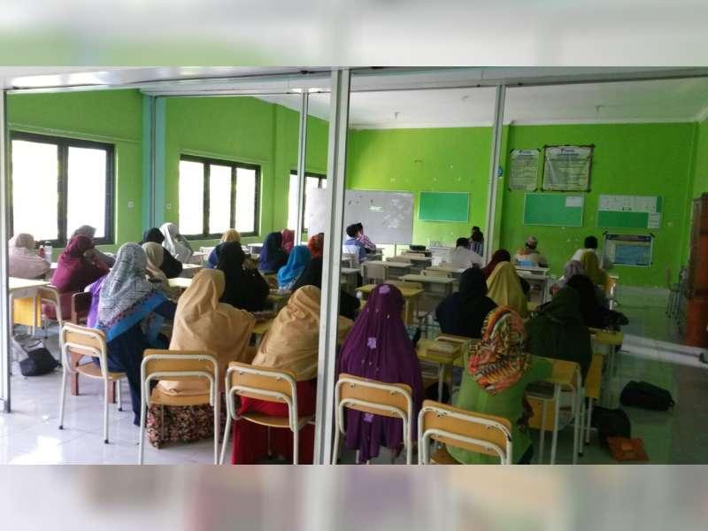 Guru SD Muhammadiyah 2 Bojonegoro Ikuti Kajian HPT