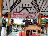 Kapolres Bojonegoro Bertindak Sebagai Inspektur Upacara Penurunan Bendera