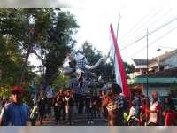 Ada Ogoh-Ogoh Dalam Pawai Karnaval Desa Kapas