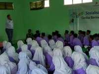 RTIK dan EMCL Sebar Semangat Perang Anti Hoax pada Pelajar MA Islahiyah Kalitidu