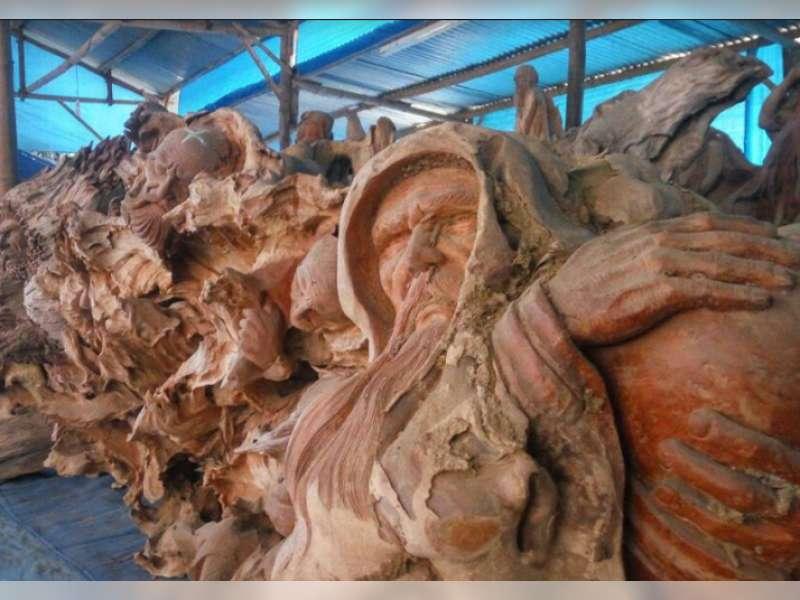 Melihat Pusat Kerajinan Bonggol Jati di Blora