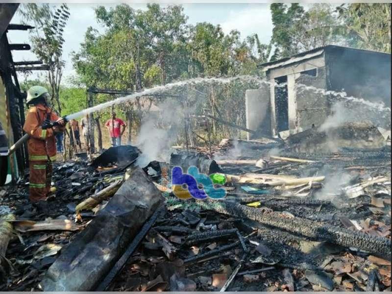Rumah Warga di Ngraho Ludes Terbakar, Diduga Api dari Tungku Dapur