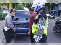 Satlantas Polres Bojonegoro Tindak Pelanggaran TNKB Modifikasi