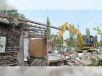 Berdiri di Tanah Milik Dinas Pengairan Jatim, 168 Rumah Warga Sukorejo Dirobohkan