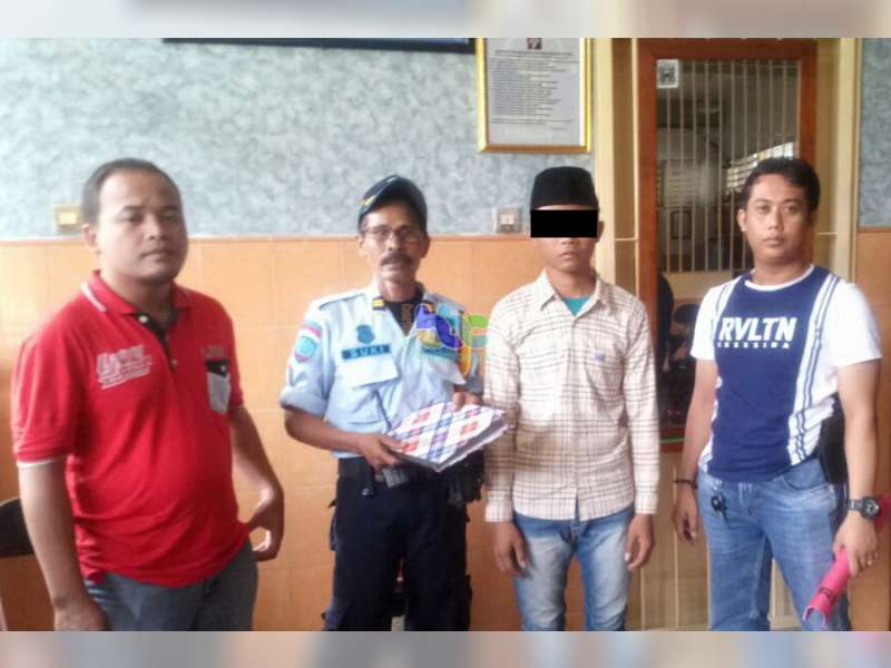 Penyidik Polsek Sumberrejo Limpahkan Tersangka Pencurian ke JPU