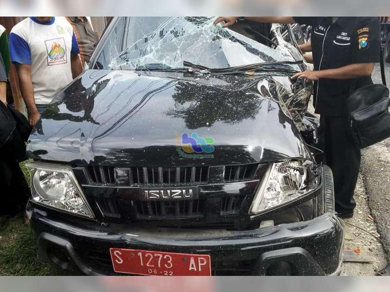 Mobil Dinas Camat Sugihwaras Terlibat Kecelakaan di Kapas
