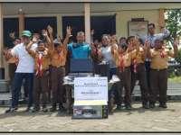 Peringati Hari Guru Nasional, PEPC Donasikan Komputer