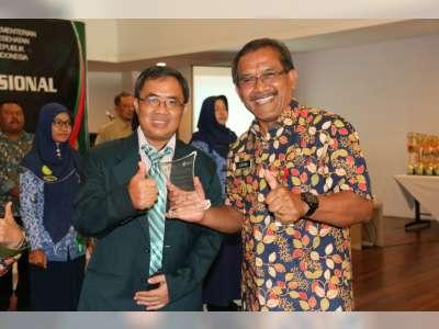Muhammad Jamil Muhlisin, Dokter Teladan Tingkat Nasional Asal Blora