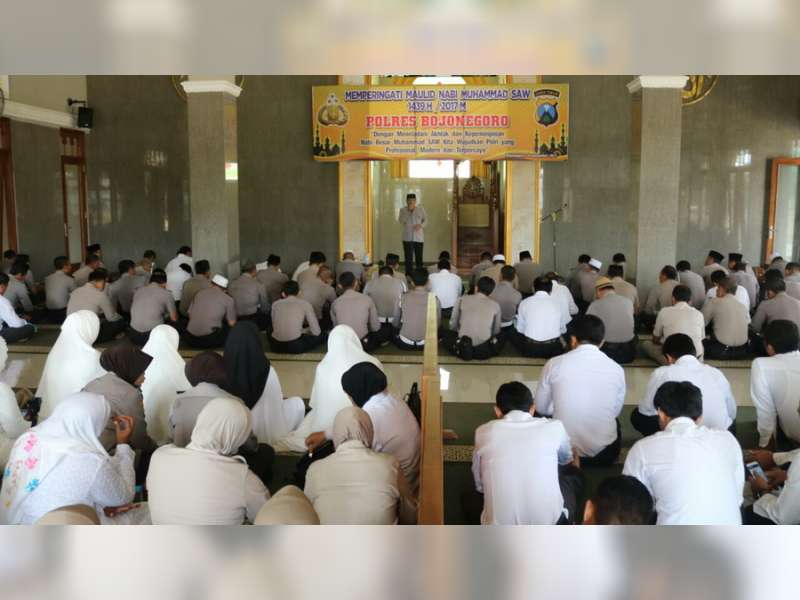 Polres Bojonegoro Gelar Peringatan Maulid Nabi di Masjid Al-Ikhlas