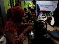 Industri Batik Bojonegoro Merambah Produk Tas Batik
