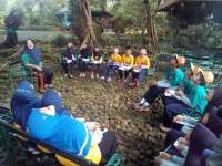 Siswa SD Muhammadiyah 2 Bojonegoro Fieldtrip ke Seloliman