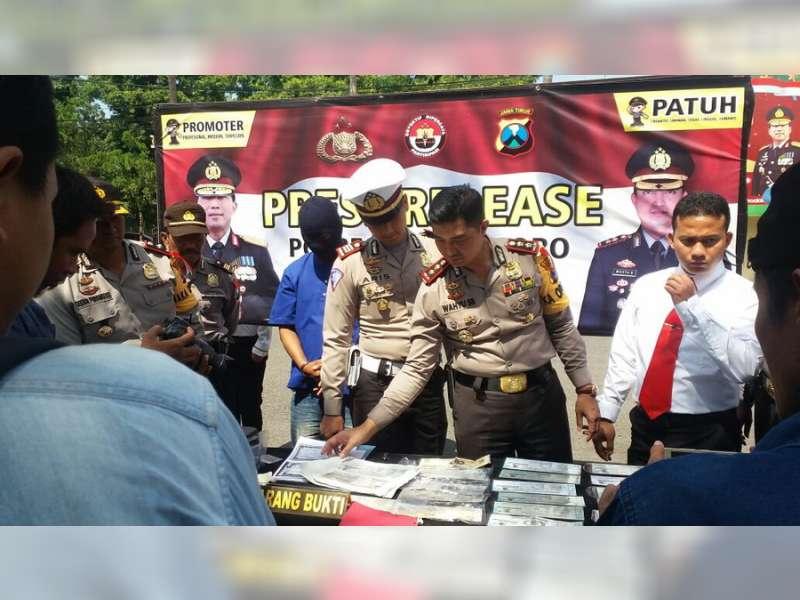 Polres Bojonegoro Amankan Seorang Pelaku Pemalsuan STNK
