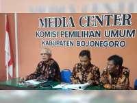 Empat Pasang Calon Jalani Tes Kesehatan di RSU dr Soetomo Surabaya