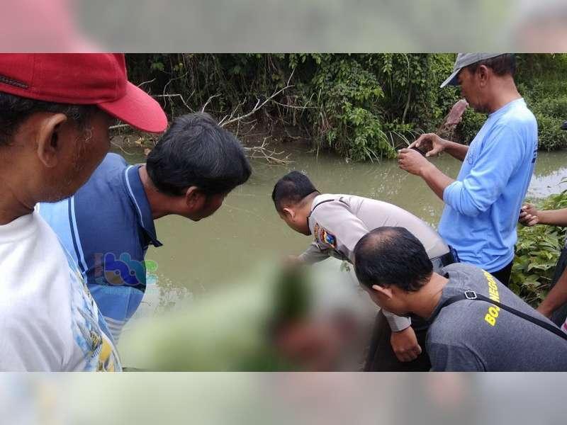 Seorang Kakek Warga Sumberrejo, Ditemukan Meninggal Tenggelam di Kali Apur