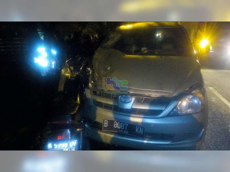 Innova Tabrak Motor di Padangan, Pengendara Motor Meninggal di TKP