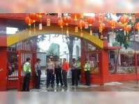 Kapolres Bojonegoro Pimpin Pengamanan Perayaan Imlek di Klenteng Hok Swie Bio
