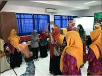150 Guru Ikuti Program Semai Benih Bareng EMCL dan IHF