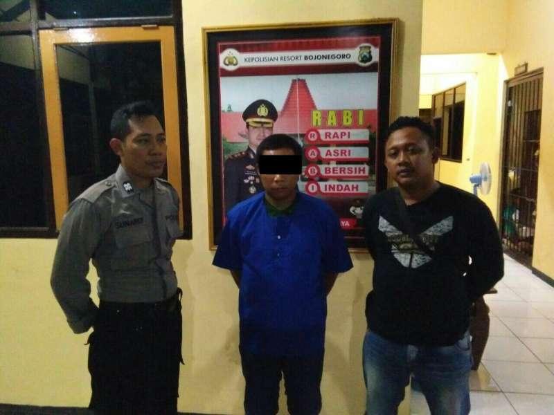 Nyolong HP, Tukang Rosok Asal Balen Bojonegoro Diciduk Polisi