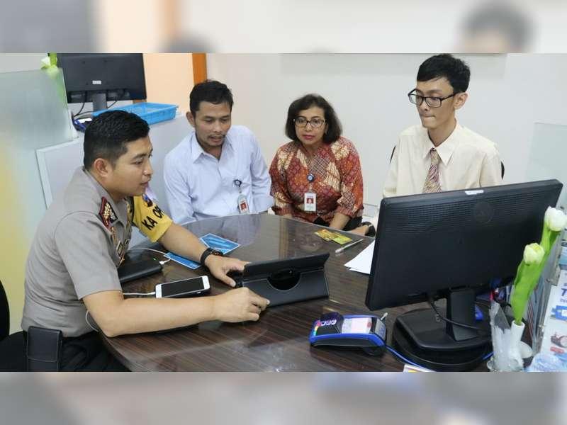 Kapolres Sosialisasikan Aplikasi Cas Pada Pimpinan Bank Bca Cabang Bojonegoro Beritabojonegoro Com