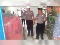 Kepala RS Bhayangkara Wahyu Tetuko Bojonegoro, Berikan Bantuan pada Masjid di Kasiman
